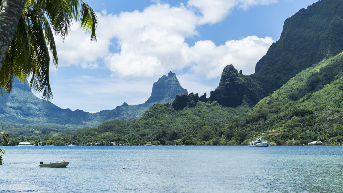 Dreams of Tahiti Cruise on Windstar: Treatment Considerations in Isolated Communities
